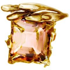 18 Karat Gold Cushion Peach Kunzite Cocktail Pendant Necklace with Diamonds