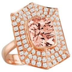 18 Karat Gold Cushion Peach Morganite Cocktail Ring with Diamonds 1.05 Carat