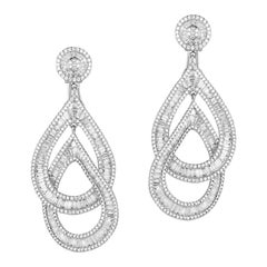 18 Karat Gold Diamond Dangle Earrings, Total 873 Stones Weighing 12.77 Carat
