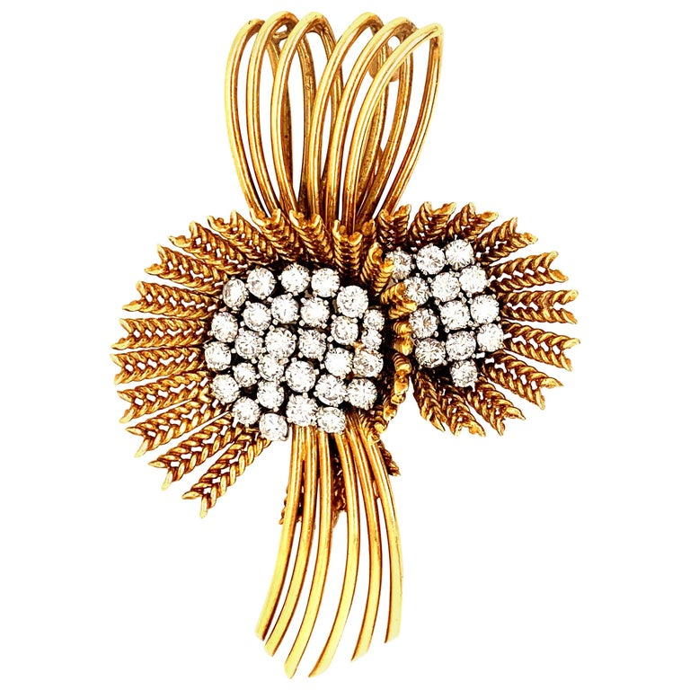 18 Karat Gold Diamond Retro Flower Brooch Pin For Sale