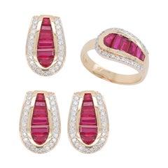18 Karat Gold Diamond Ruby Baguette Pendant Necklace Earring Ring Set