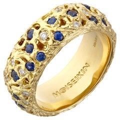 18 Karat Gold Diamond Sapphire Starry Night Infinity Ring
