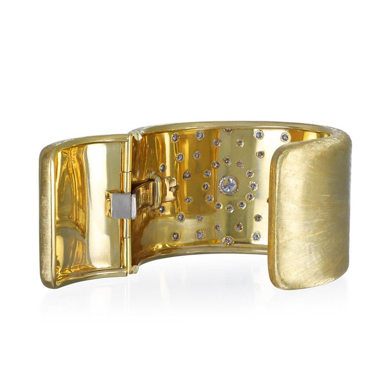 Round Cut 18 Karat Gold Diamond Sunburst Cuff Bracelet For Sale
