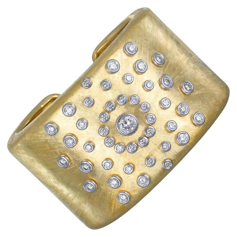 18 Karat Gold Diamond Sunburst Cuff Bracelet For Sale