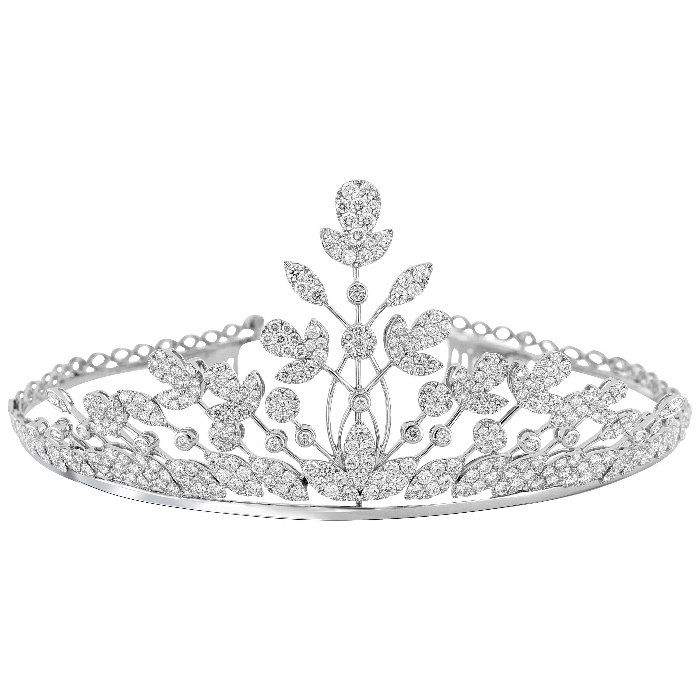 18 Karat Gold Diamond Tiara and Necklace