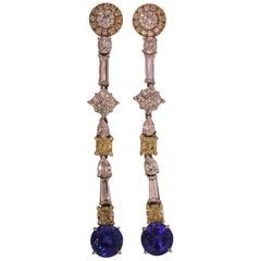18 Karat Gold, Diamonds '7.13 Carat', Tanzanite '6.93 Carat' Drop Earrings