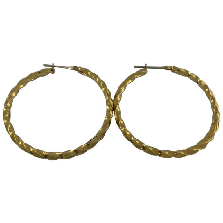 18 Karat Gold Earrings For Sale