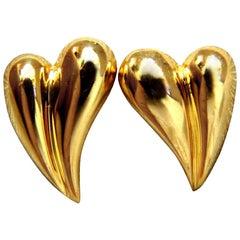 18 Karat Gold Elongated Heart Stud Earrings