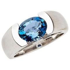 18 Karat White Gold Engagement Ring Set with 1.58 Carat Aquamarine and Diamonds
