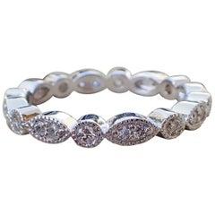 18 Karat Gold Ewigkeitsband mit 0,40 Karat Diamant, Lünette & Milgrain Rand
