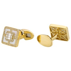 18 Karat Gold, F Color, VS Clarity, Diamond Paved Square Cufflinks
