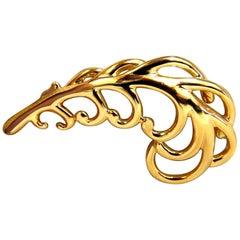 18 Karat Gold Floral Brooch Pin