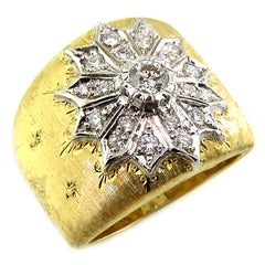 18 Karat Gold Florentine Engraved Diamond Ring, Made in Italy