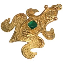 18 Karat Gold Frog Charm with Emerald