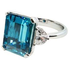 18 Karat Gold Gem Blue Zircon 11.27 Carat and Half Moon Diamonds 3-Stone Ring