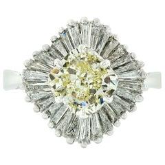 18 Karat Gold GIA 3.25 Carat Fancy Yellow and Baguette Diamond Ballerina Ring