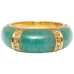 18 Karat Gold Green Gemstone and Diamond Ring