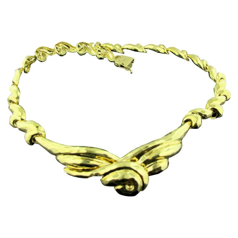 18 Karat Gold Hammered Necklace For Sale