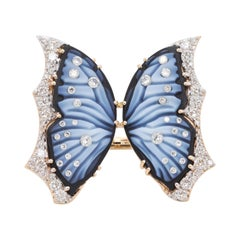 18 Karat Gold Hand-Carved Agate Butterfly Diamond Contemporary Cocktail Ring