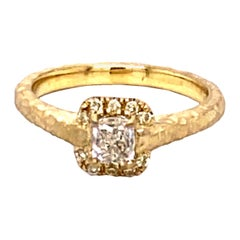 18K Hand-Hammered Engagement Ring with 0.46 Carat Radiant Diamond Center