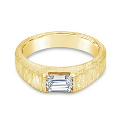 18 Karat Gold Hand-Hammered Solitaire Gents Ring with 1.02 Ct Emerald Cut Center