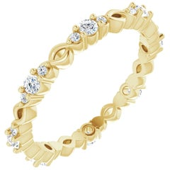18k Yellow Gold Infinity Inspired Round Brilliant Diamond Wedding Eternity Band