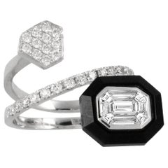 18 Karat Gold Invisible-Set Baguette Emerald Diamond Bypass Ring with Black Onyx