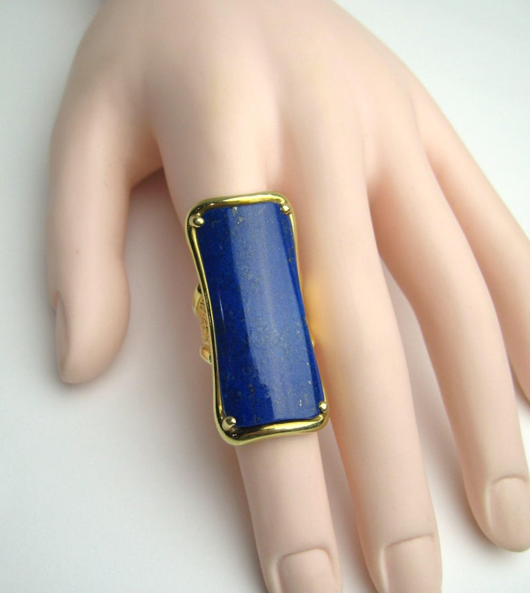 18 Karat Gold Lapis Lazuli Ring Modernist Rectangle  For Sale 6
