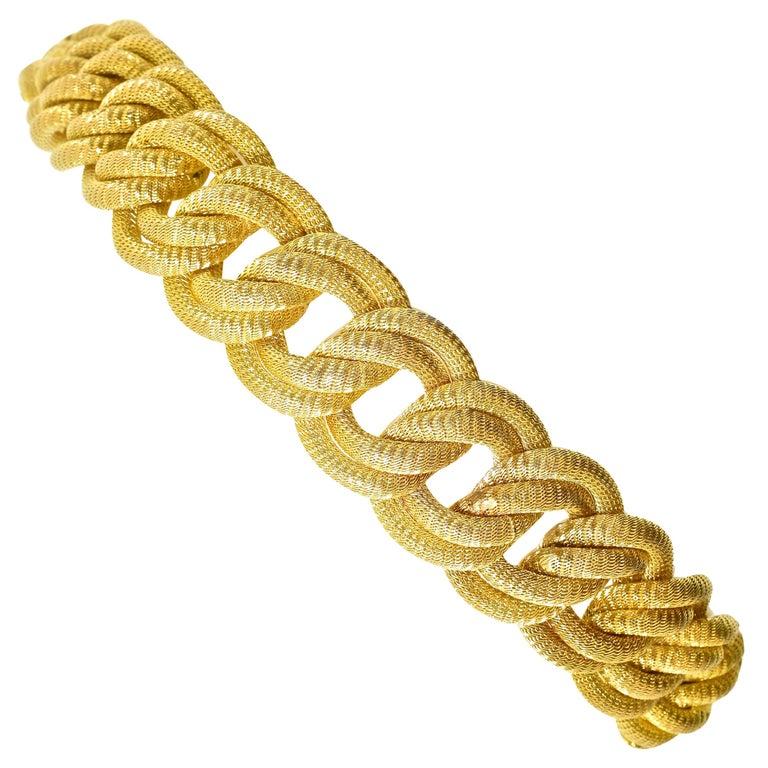 18 Karat Gold Large Bracelet, circa 1960 For Sale