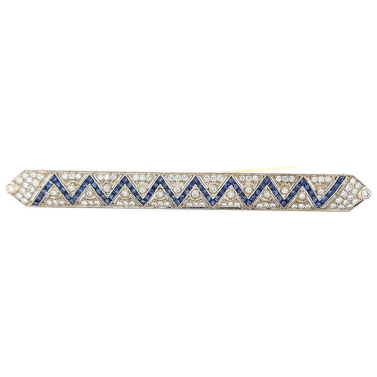18 Karat Gold Large Brooch with Zig Zag Sapphires and Diamonds For Sale