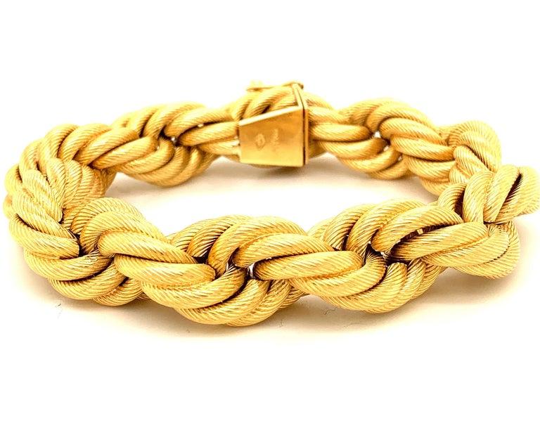 Women's or Men's 18 Karat Gold Large Twisted Rope Bracelet For Sale
