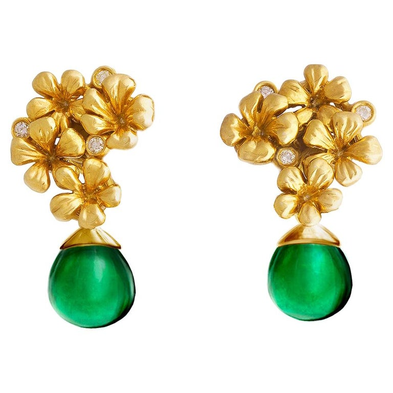 18 Karat Gold Modern Clip-on Transformer Earrings with Diamonds and Emeralds For Sale