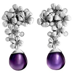 18 Karat Gold Modern Cocktail Earrings with 10 Round Diamonds, and Amethysts