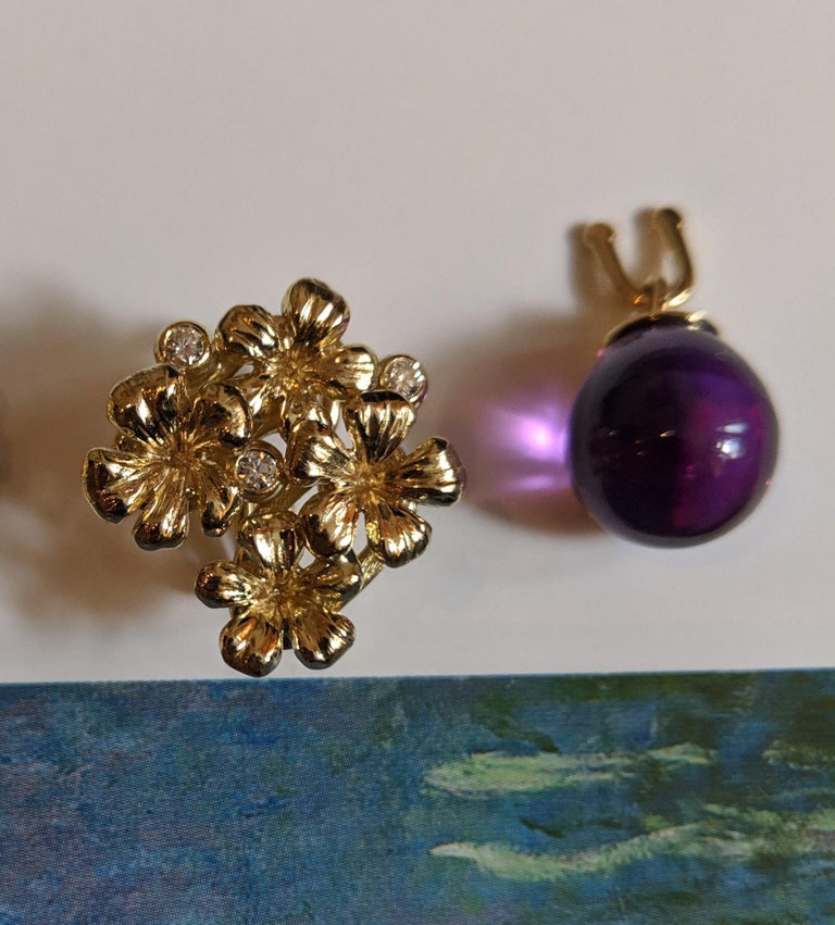 18 Karat Gold Modern Drop Transformer Plum Earrings with Diamonds and Amethyst For Sale 4