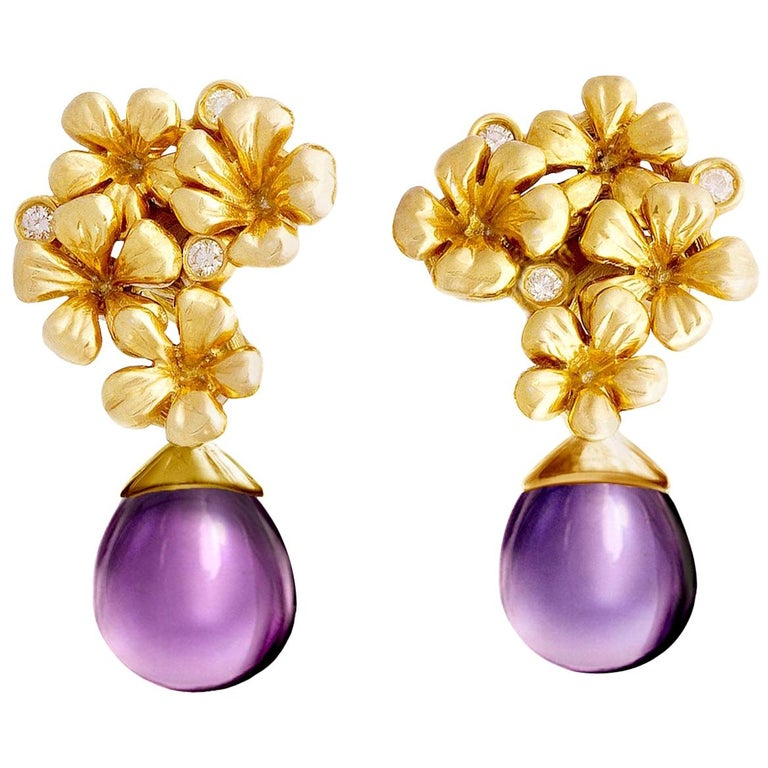 18 Karat Gold Modern Drop Transformer Plum Earrings with Diamonds and Amethyst For Sale