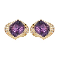 18 Karat Gold Natural Amethyst Carving Diamond Stud Earrings