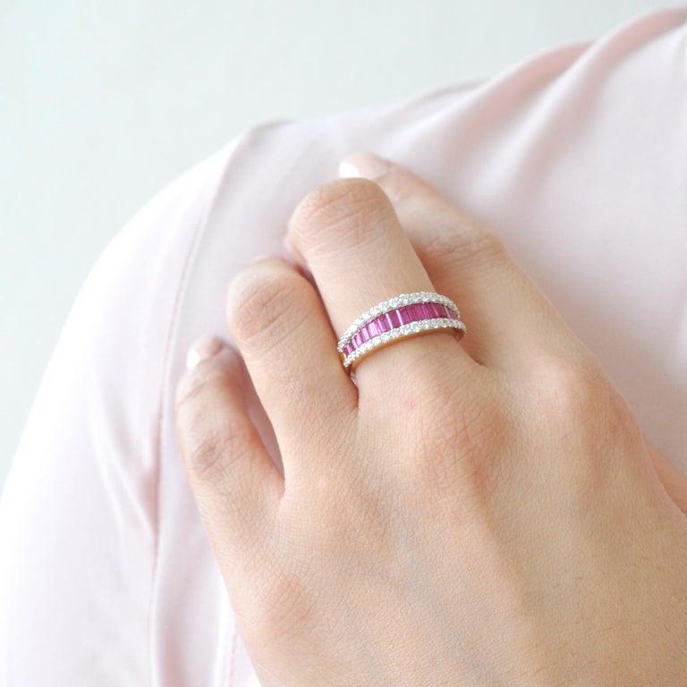 18 Karat Gold Natural Ruby Diamond Huggies Pendant Necklace Earrings Ring Set For Sale 9