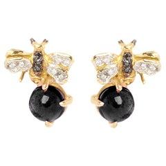 18 Karat Gold Onyx 0.10 Karat White 0.06 Karat Black Diamond Bees Stud Earrings