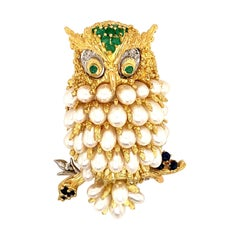 18 Karat Gold Owl Brooch Pin