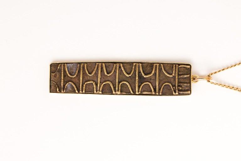 18 Karat Gold Pendant and Chain 3