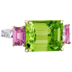 Paolo Costagli 18 Karat Gold Peridot 6.36 Carat, Pink Sapphire and Diamond Ring