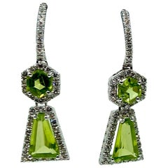 18 Karat Gold Peridot and Diamonds Earrings