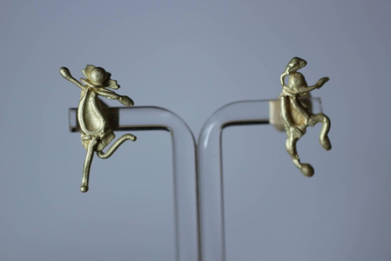 Women's 18K Gold Stud Figurine Earrings Minimalist Dynamic Modern Sculptures  For Sale