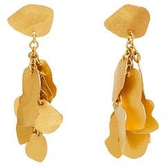 18 Karat Gold PSTM Myanmar Kan Cluster Stud Earrings
