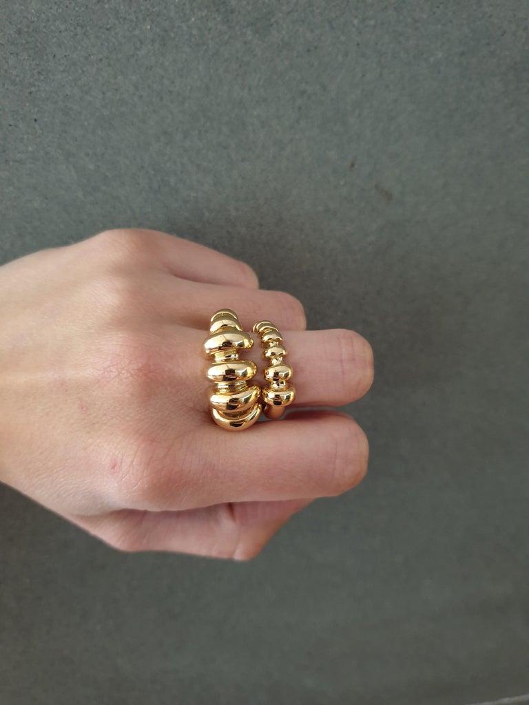 Women's or Men's 18 Karat Gold Ring For Sale