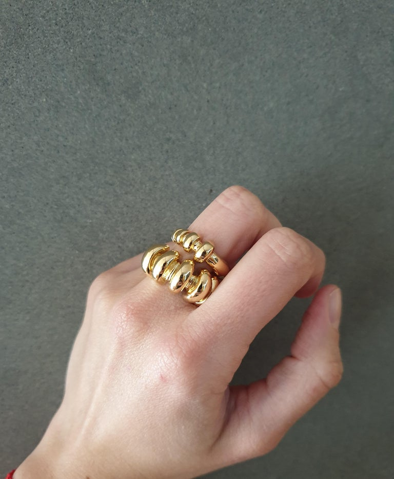 18 Karat Gold Ring For Sale 4
