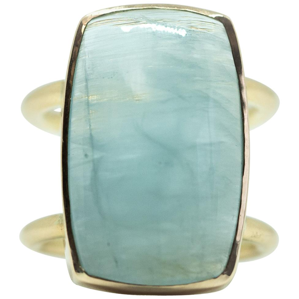 18 Karat Gold Ring with an 18.87 Carat Aquamarine Cabochon by Marion Jeantet