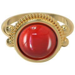 18 Karat Gold Ring with Cabochon Stone, Romae Jewelry Inspired, Ancient Examples