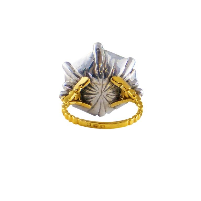 Brilliant Cut 18 Karat Gold Ring with Diamonds For Sale