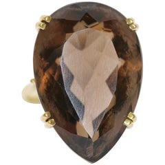18 Karat Gold Ring with Large, Faceted Smoky Quartz, Topaz in Heart Shape